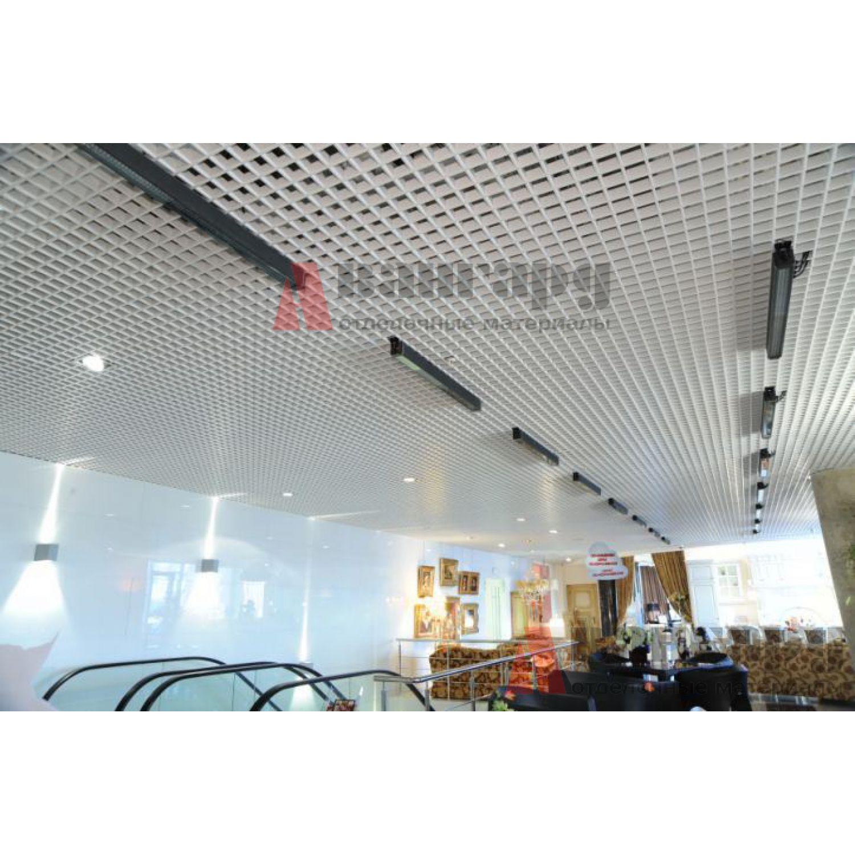Грильято потолок 200х200